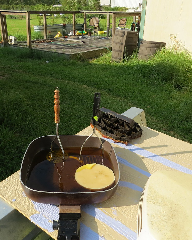 melting beeswax for batik